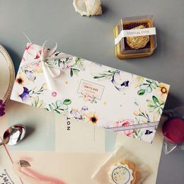 Коробка с цветами Happy Day 20 * 8 * 5,5см