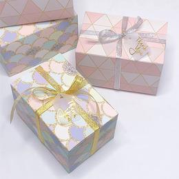 Коробка 15 * 10 * 9см