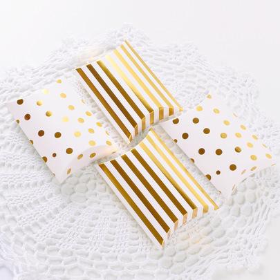 Коробка-подушка золотая 14 * 10 * 2,8см