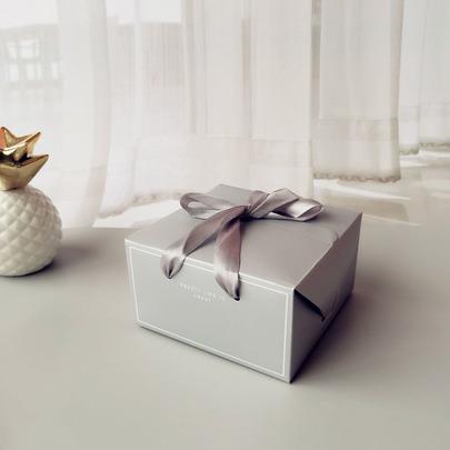 Коробка Pretty life с ручками 14,5 * 14,5 * 8см