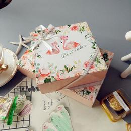 Коробка Фламинго (с дефектом) 14 * 14 * 5см