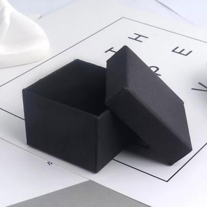 Коробка плотная черная  5 * 5 * 3,5см