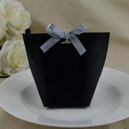 Пакетик черный 12 * 10 * 6см