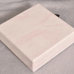 Коробка плотная розовый мрамор 9,5*9,5*3,5см