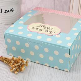 Коробка с окном Голубой горох 13,5 * 13,5 * 5см